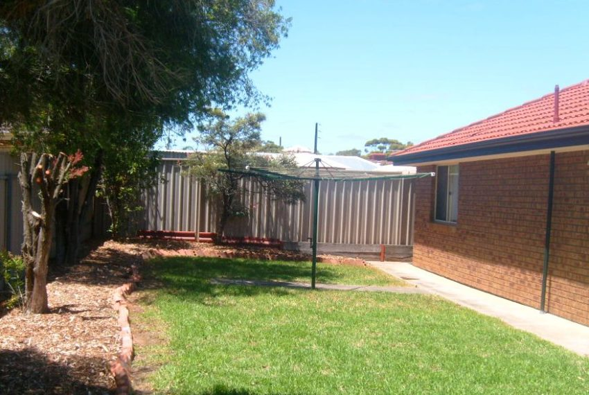 3 Coolibah Ave Craigmore 018