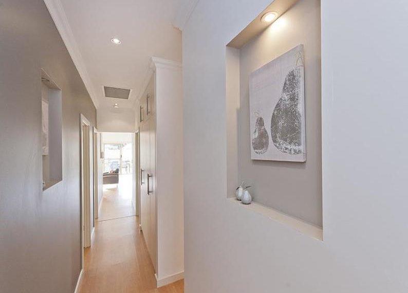 58 Ryan - hallway