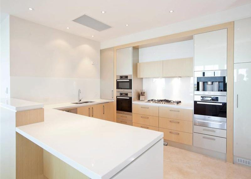 63 155 Brebner Kitchen