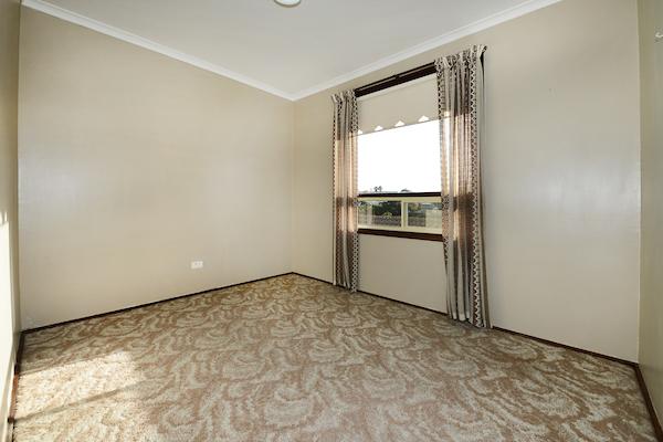 97sportsman bedroom 2