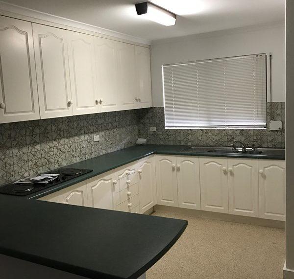 238 Sportsmans Drive kitchen