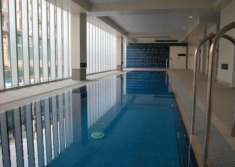pool new port 213 Tarni Court